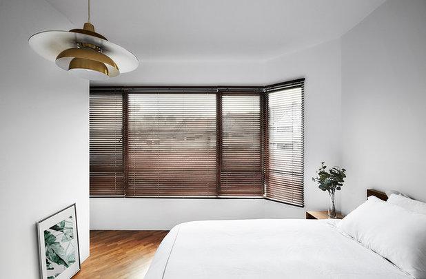 Scandinavian Bedroom by Icon Interior Design Pte Ltd