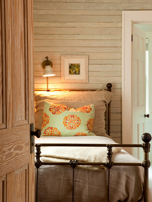 Bed With Back Paneling Houzz - Bedroom paneling designs