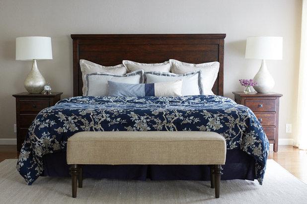 Классический Спальня by Jill Cordner Interior Design
