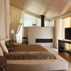 Eclectic Bedroom by Roman Leonidov
