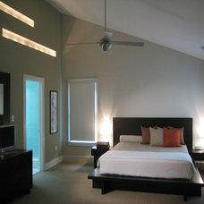 Modern Bedroom by FORMA Design