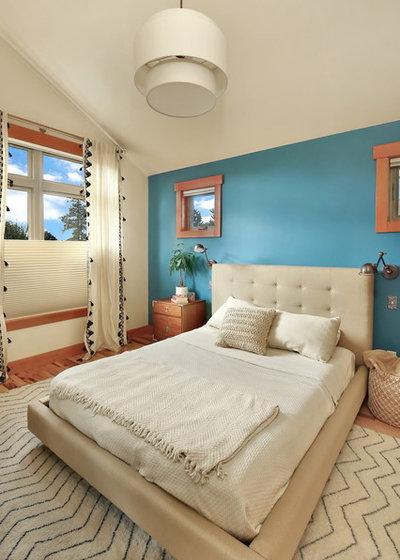 Craftsman Bedroom by Bellingham Bay Builders