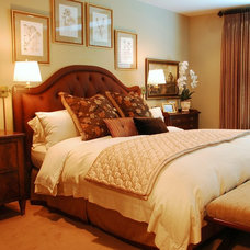Traditional Bedroom by Reehl Interiors, Inc.