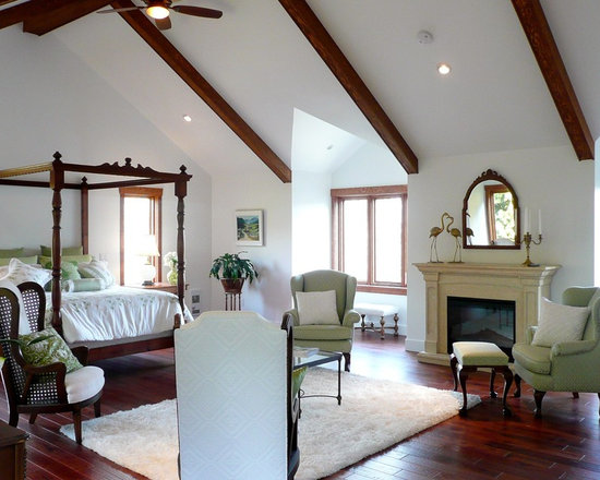 Grand Fireplace W Vaulted Ceilings Beams Open Floor: Cathedral Ceiling With Wood Beams