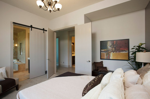 Contemporary Bedroom by Malbec Homes & Renovations Inc.