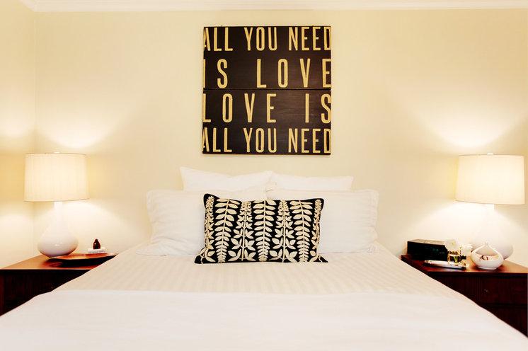 Модернизм Спальня by Stephanie Wiley Photography