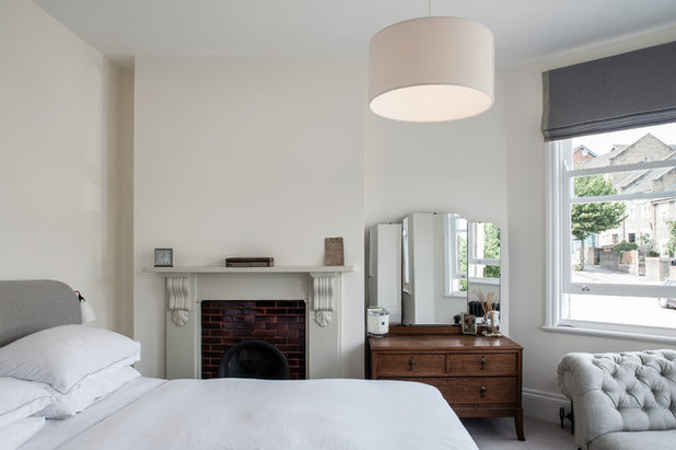 Contemporary Bedroom by Trevor Brown Architect