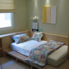 Asian Bedroom by MEIYUAN