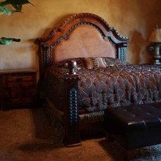 Mediterranean Bedroom by Demejico