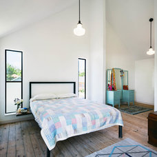 Industrial Bedroom by PAVONETTI Office of Design