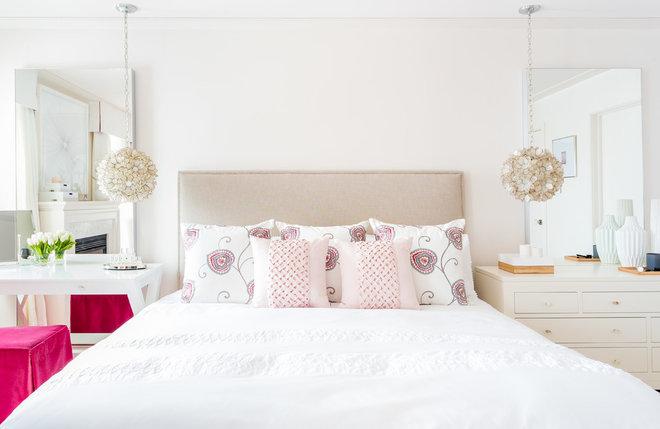 Transitional Bedroom by Strickland Mateljan