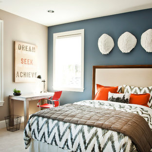 Bedroom - contemporary carpeted bedroom idea in Portland with gray walls