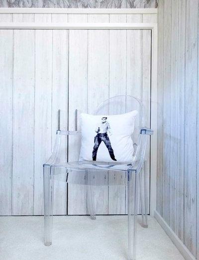 Modern Bedroom by Walk Interior Architecture & Design