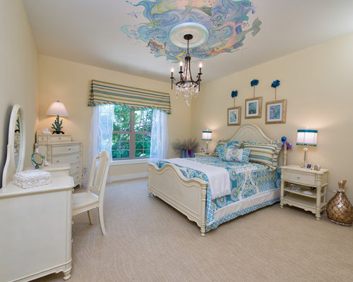Bedroom   Mid Sized Traditional Carpeted And Beige Floor Bedroom Idea In  Columbus With Yellow
