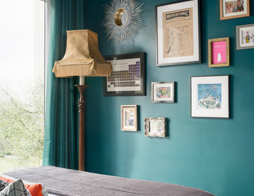 Glamorous and Bold Bedroom