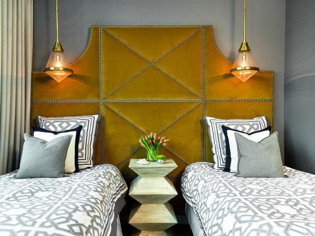 Современный Спальня by Brynn Olson Design Group, LLC.