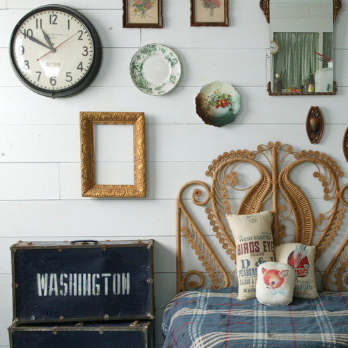 Bedroom   Shabby Chic Style Bedroom Idea In Omaha With White Walls