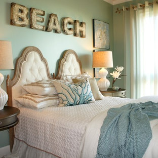 Bedroom - mid-sized coastal guest carpeted bedroom idea in Miami with blue walls and no fireplace