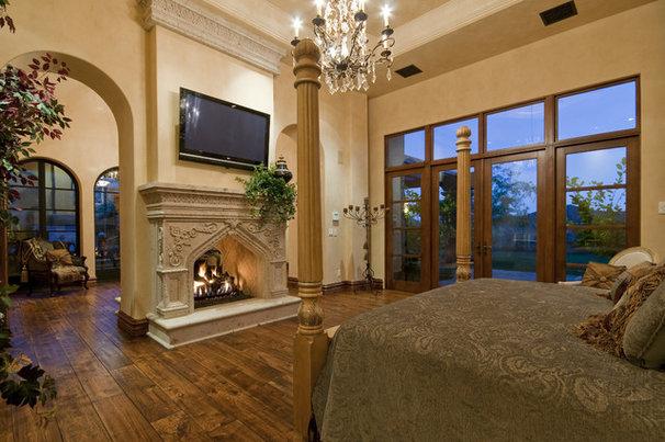 Mediterranean Bedroom by Fratantoni Luxury Estates