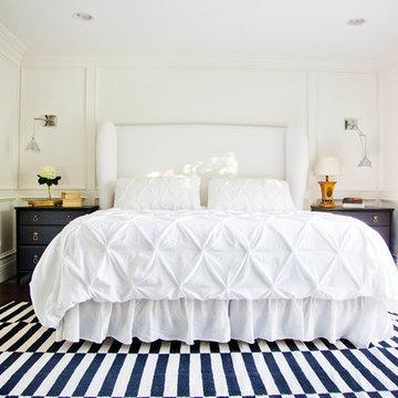 GRAPHIC MASTER BEDROOM