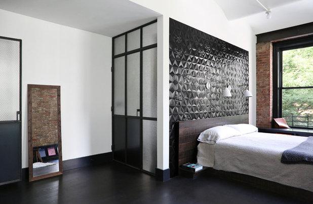 Casa contemporanea camera da letto matrimoniale con quadri con