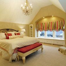 Traditional Bedroom by Great Neighborhood Homes