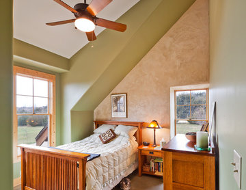 Green Cottage bedroom