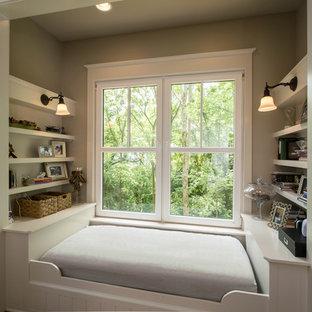 Bedroom - traditional bedroom idea in Nashville with gray walls