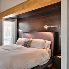 Contemporary Bedroom by David D. Quillin Architecture