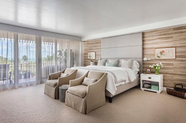 Contemporary Bedroom by Lourdes Gabriela Interiors