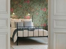 Tolle Tapeten fürs Schlafzimmer – von scandi bis industrial