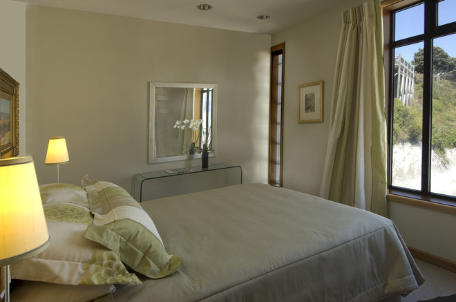 Contemporary Bedroom by Frederick Gibson + Associates Architecture