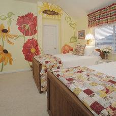 Traditional Bedroom by Lindsay von Hagel