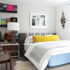 Contemporary Bedroom by Diego Alejandro  Interior Design