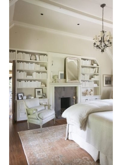 Victorian Bedroom by Tracery Interiors