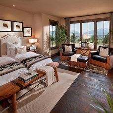 Southwestern Bedroom by CSE & Associates, INC.