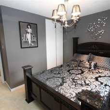 Traditional Bedroom Guest Room - A contemporary twist on the traditional bedroom.