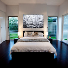 Modern Bedroom by Luisa Interior Design