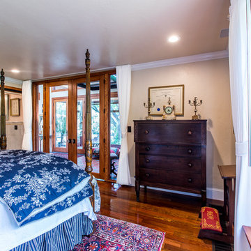 Guest Suite, Traditional Home