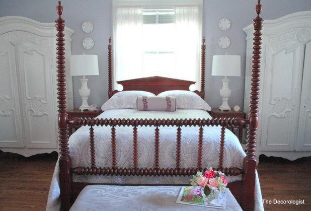 Traditional Bedroom by Kristie Barnett, The Decorologist
