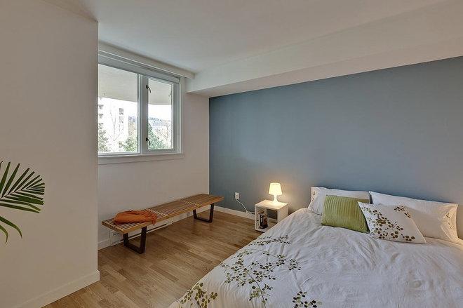 Modern Bedroom by Mike Strutt Design