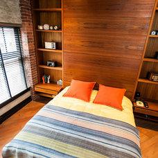 Modern Bedroom by Beyond Beige Interior Design Inc.