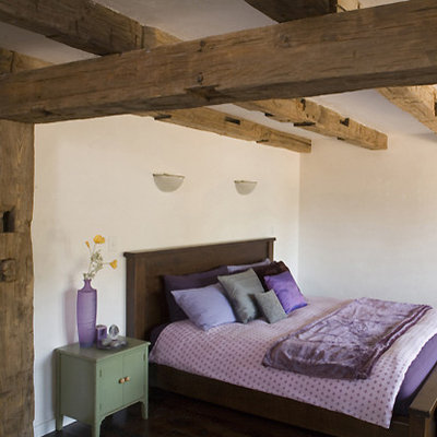 Rustic Bedroom by Mark English Architects, AIA