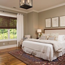 Farmhouse Bedroom by Court Atkins Architects
