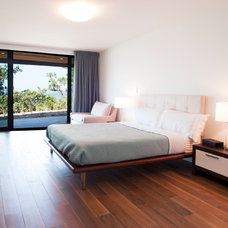 Contemporary Bedroom by MKL Construction Corp.