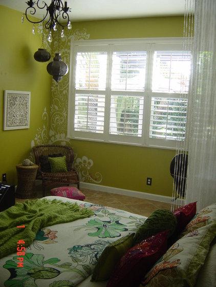 Eclectic Bedroom Hand-Painted Mehndi