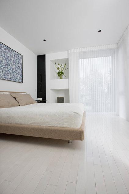 Contemporary Bedroom by Davignon Martin Architecture