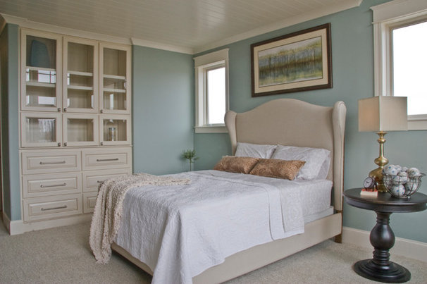 Traditional Bedroom by Falcon Custom Homes