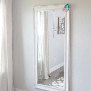 Exempel på ett shabby chic-inspirerat sovrum