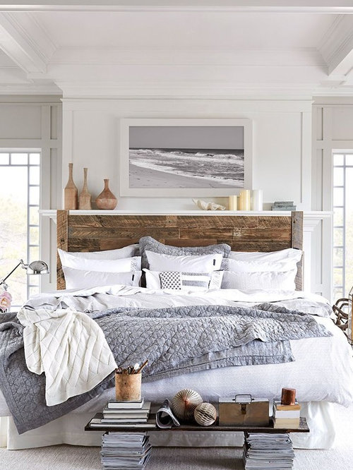 example of a large coastal guest bedroom design in minneapolis with white walls - Houzz Bedroom Design